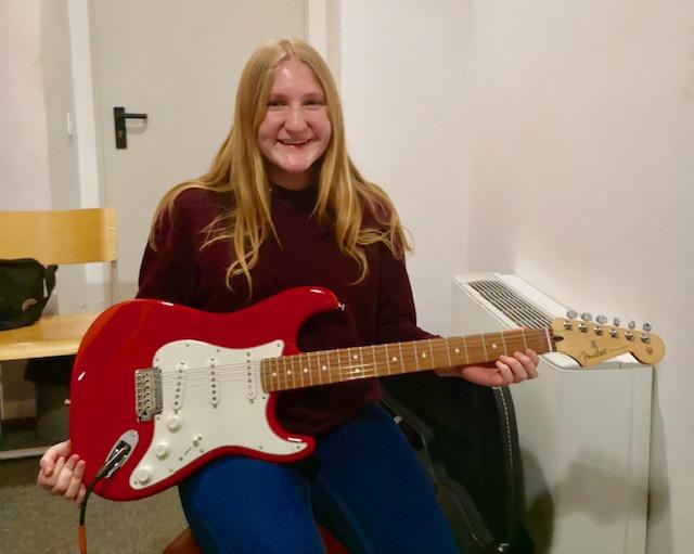 kitara_vita